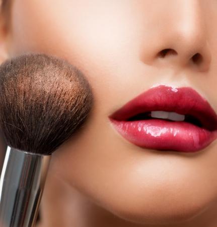 glans: Make-up närbild Cosmetic Powder Brush Perfect Skin Stockfoto