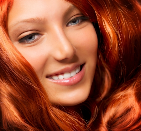 hair shampoo: Beautiful Girl With Healthy Long Red Curly Hair  Extension