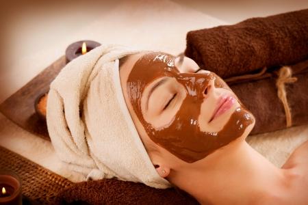 aroma facial: Chocolate Mask Facial Spa  Beauty Spa Salon Stock Photo