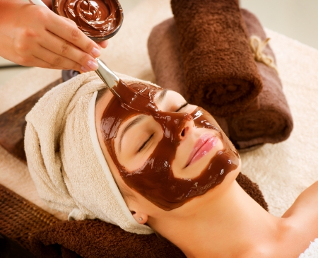 Chocolate Mask Facial Spa  Beauty Spa Salon  Stock Photo - 14873619