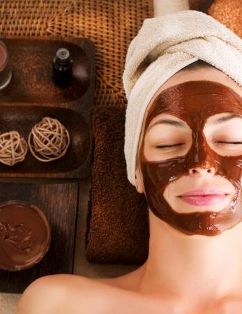 gezichtsbehandeling: Chocolade Masker Facial Spa Stockfoto