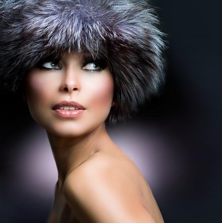 Fashion  Beautiful Girl in Fur Hat  Winter Woman Stock Photo - 16216711