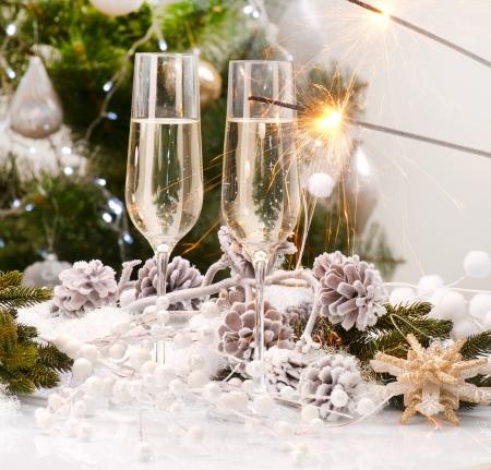 flauta: A�o Nuevo Dise�o Tarjeta de Navidad Celebraci�n con champ�n Foto de archivo