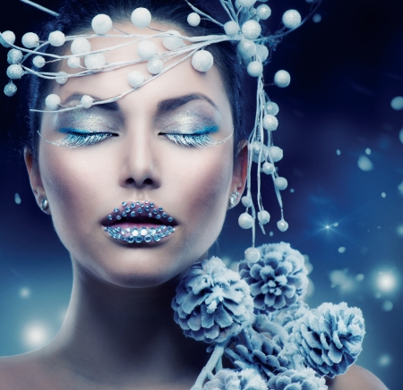 winter woman: Winter Beauty Woman  Christmas Girl Makeup  Stock Photo