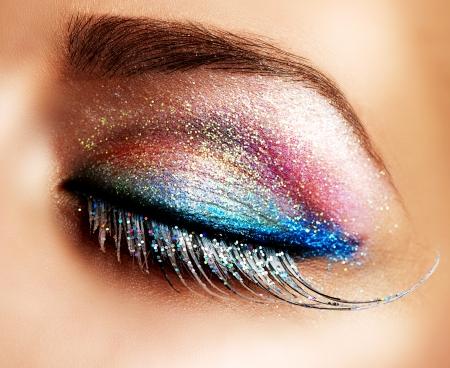 maquillaje de ojos: Holiday Eyes maquillaje hermoso False Lashes
