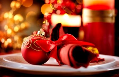 cena navideña: Tabla de Navidad Decoraciones de vacaciones Marco Foto de archivo