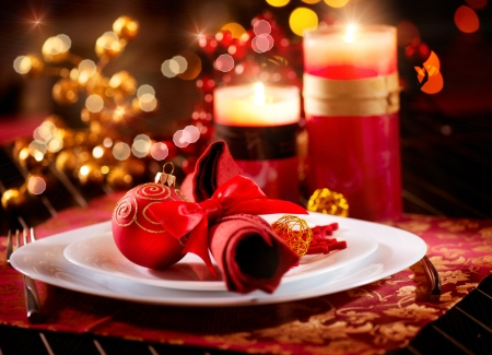 traditional christmas dinner: Christmas Table Setting  Holiday Decorations  Stock Photo