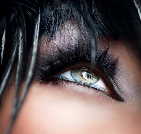 ojos azules: Smokey Eyes Make-up close-up de sombra de ojos Negro Foto de archivo