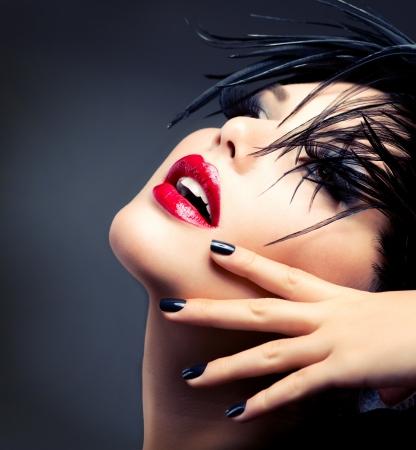 lips red: Fashion Girl Makeup Art Retrato Vivid