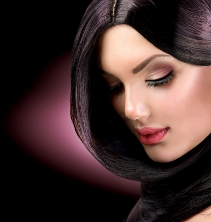 beauty salon face: Beautiful Brunette Girl  Healthy Long Hair