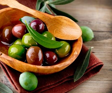 hoja de olivo: Aceitunas