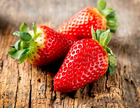 Strawberry over Wooden Background  Strawberries close-up Stock Photo - 17936549
