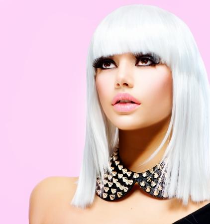 punk hair: Fashion Beauty Girl Style Punk femme isol�e sur Rose Banque d'images