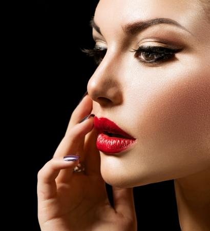 perfeito: Beleza da mulher com maquiagem perfeita