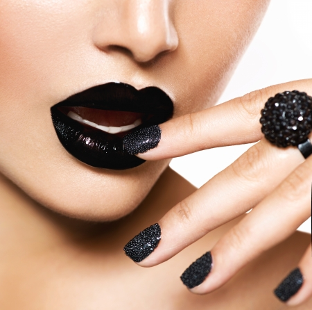 Trendy Black Caviar Manicure and Black Lips  Fashion Makeup Stock Photo - 20635942