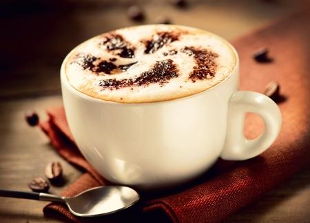 카푸치노 커피의 카푸치노 컵 스톡 콘텐츠