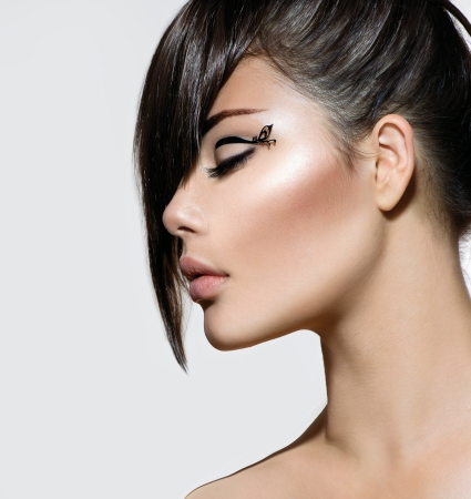 Fashion Glamour Beauty Girl With Stylish Hairstyle and Makeup  Stock Photo - 21212798