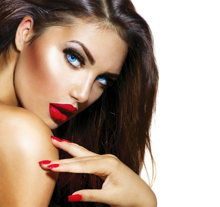 Sexy ragazza di bellezza con labbra rosse e unghie Provocante Make up photo