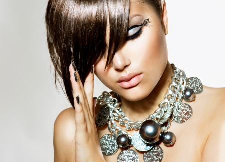 short cut: Fashion Glamour Beauty Girl With Stylish Hairstyle and Makeup