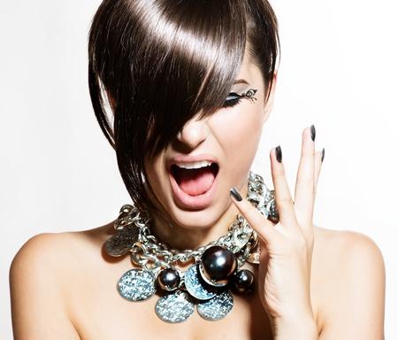 caras emociones: Fashion Model Girl Portrait Emociones Trendy Style Hair Foto de archivo