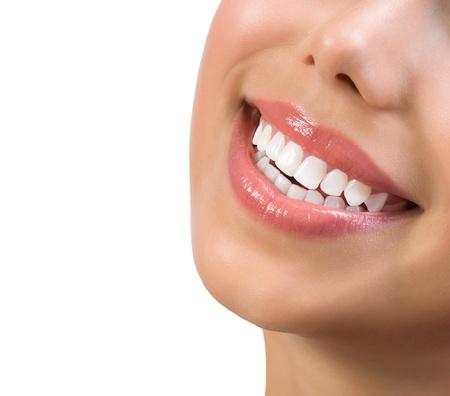 健康的な笑顔歯のホワイトニング歯科ケアの概念