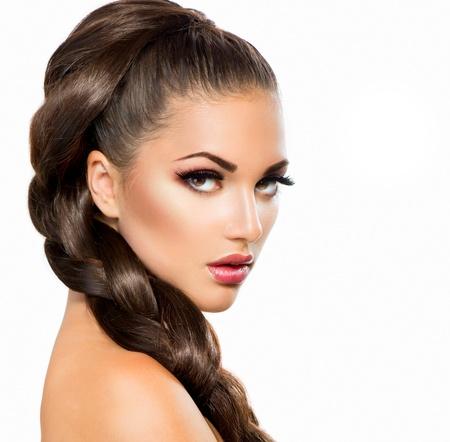 pesta�as postizas: Trenza del pelo Hermosa mujer con saludable largo pelo trenza del pelo de mujer hermosa con el pelo largo sano