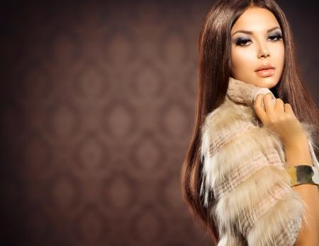 woman in fur coat: Beauty Fashion Model Girl in Fox Fur Coat