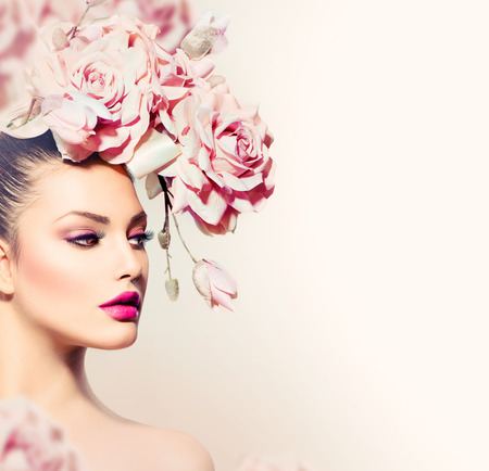 Mode Beauty Model Girl with Flowers Haar Bruid