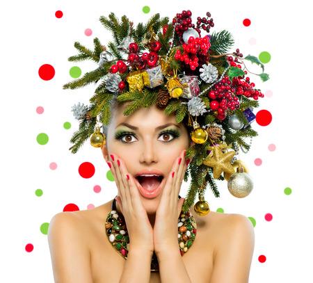 feriado: Christmas Woman Christmas Tree Holiday Peinado y Maquillaje Foto de archivo