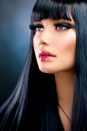 Beautiful Brunette Girl  Healthy Long Black Hair Stock Photo - 23478971