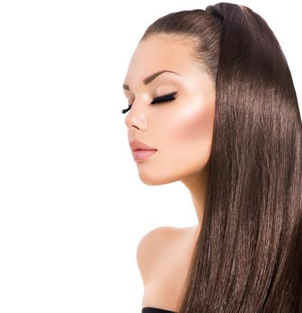 makeup model: Bellezza Modella Ragazza con lunghi sani capelli castani