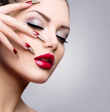 overlays: Belleza Modelo Fashion Girl Manicura y Maquillaje Foto de archivo