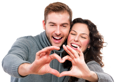 valentijn hart: Valentine Paar Meisje en haar vriendje maken vorm van Heart Stockfoto