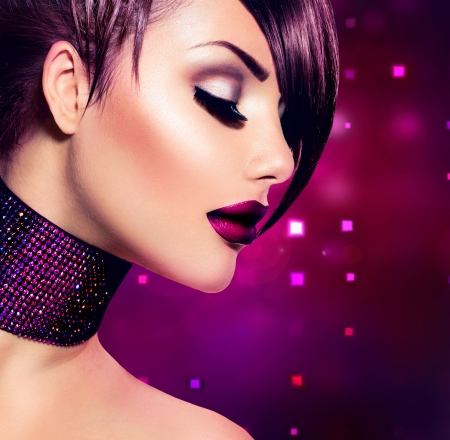glamours: Holiday Woman Make up  and Fashion Beauty