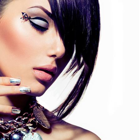 Model Girl Portrait Trendy Hair Style Lizenzfreie Bilder