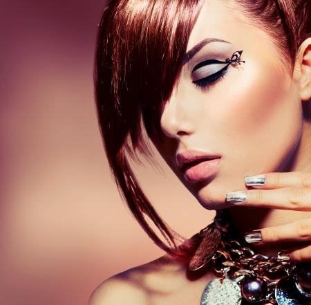 peluqueria: Chica Modelo de modas Retrato de moda de estilo de pelo