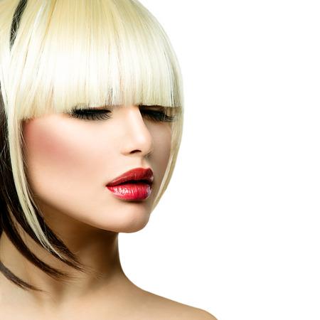 Bella donna di modo Acconciatura per Capelli corti Fringe Haircut Archivio Fotografico