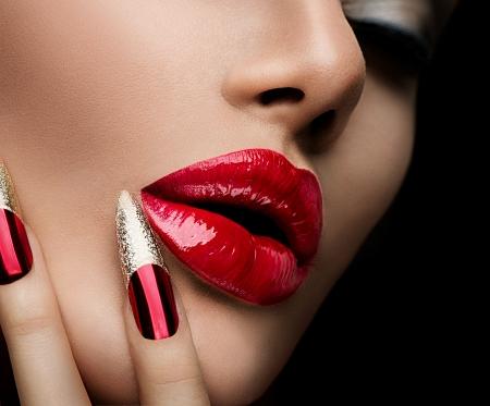 Mode Skönhet Modell Girl Manikyr och Make-up