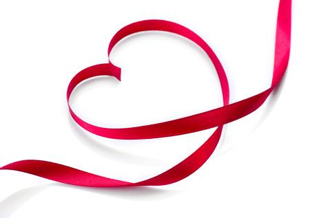 valentijn hart: Valentine Heart Elegante Rood Satijn Ribbon Gift Stockfoto