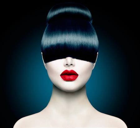cabello negro: Alto Chica Modelo de modas Retrato con la franja de moda Foto de archivo