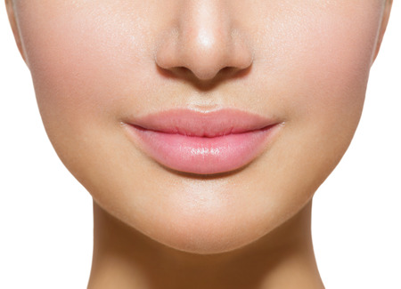 Schöne Perfekte Lippen Sexy Mund Nahaufnahme über weißem Standard-Bild - 25764314