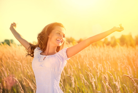 Beautiful Teenage Girl Outdoors Enjoying Nature Reklamní fotografie