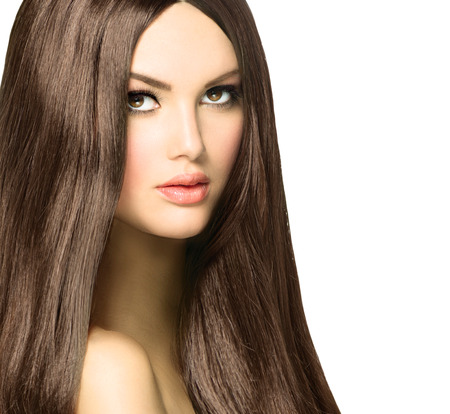 vẻ đẹp: Beauty Woman với Long khỏe mạnh và sáng bóng mượt Brown Hair