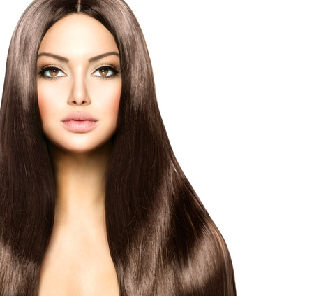 âhealthy: Belleza mujer con largo sano y brillante liso Cabello castaño