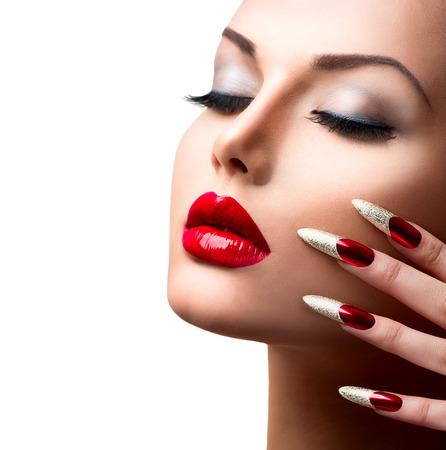 Fashion Beauty Girl Model Manik�re und Make-up Lizenzfreie Bilder