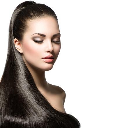 갈색 긴 건강한 부드러운 머리를 가진 아름 다운 여자