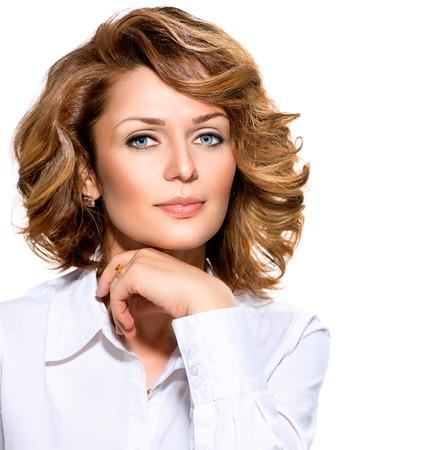 lifestyle: Businesswoman w białej koszuli, patrząc na kamery Zdjęcie Seryjne