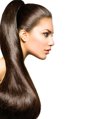 hosszú haj: Lófarok frizura Szépség és hosszú, egészséges, egyenes barna haj Stock fotó