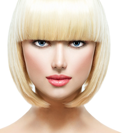 cortes: Fringe moda con estilo Retrato de la belleza con Blanco Cabello corto
