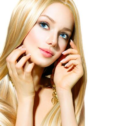 chicas guapas: Chica rubia hermosa aislado en un fondo blanco Foto de archivo